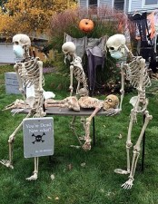 Superb Front Yard Halloween Decoration Ideas To Try Asap 25