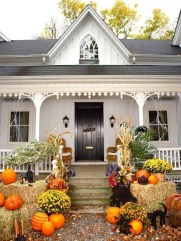 Superb Front Yard Halloween Decoration Ideas To Try Asap 30