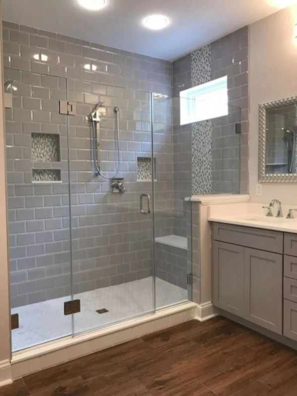 Unrdinary Small Bathroom Design Remodel Ideas With Awesome Tiles To Try 38