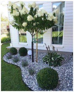 Amazing Yard Landscaping Design Ideas That You Must See 02