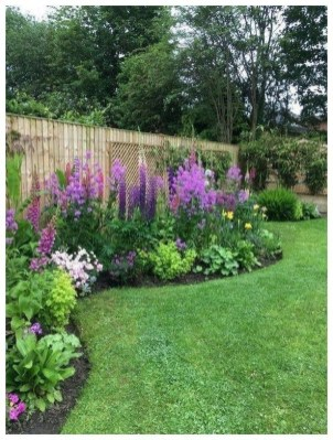 Awesome Backyard Landscaping Design Ideas For Your Home 34