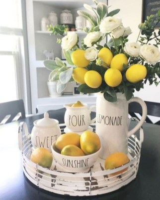 Awesome Summer Decor Ideas With Rustic Farmhouse Style To Try Asap 36