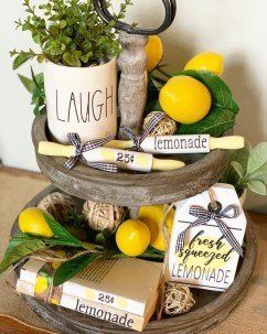 Awesome Summer Decor Ideas With Rustic Farmhouse Style To Try Asap 41