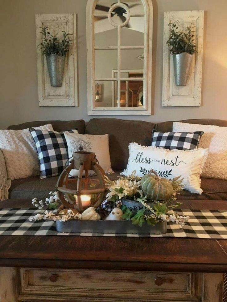 Comfy Farmhouse Living Room Decor Ideas That You Need To See 07