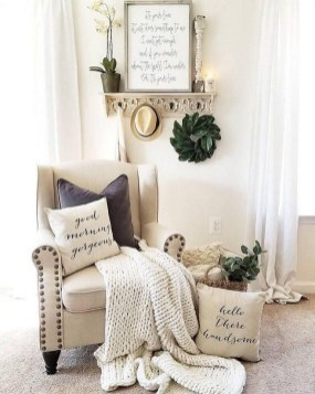 Comfy Farmhouse Living Room Decor Ideas That You Need To See 15