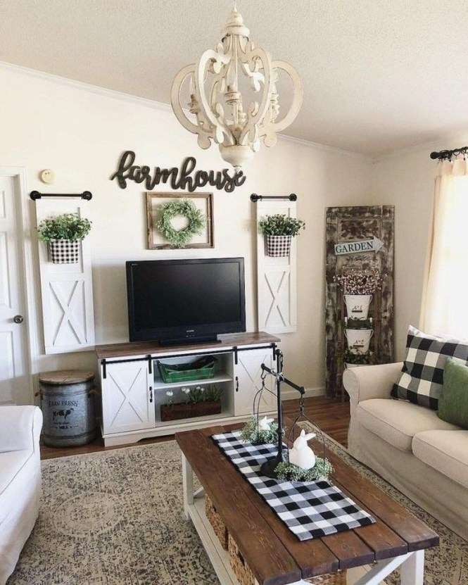 Comfy Farmhouse Living Room Decor Ideas That You Need To See 38