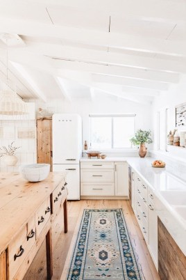 Crative Farmhouse Kitchen Design Ideas For Fun Cooking To Try 45