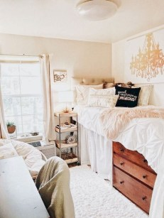 Elegant College Dorm Room Design Ideas That Suitable For You 19
