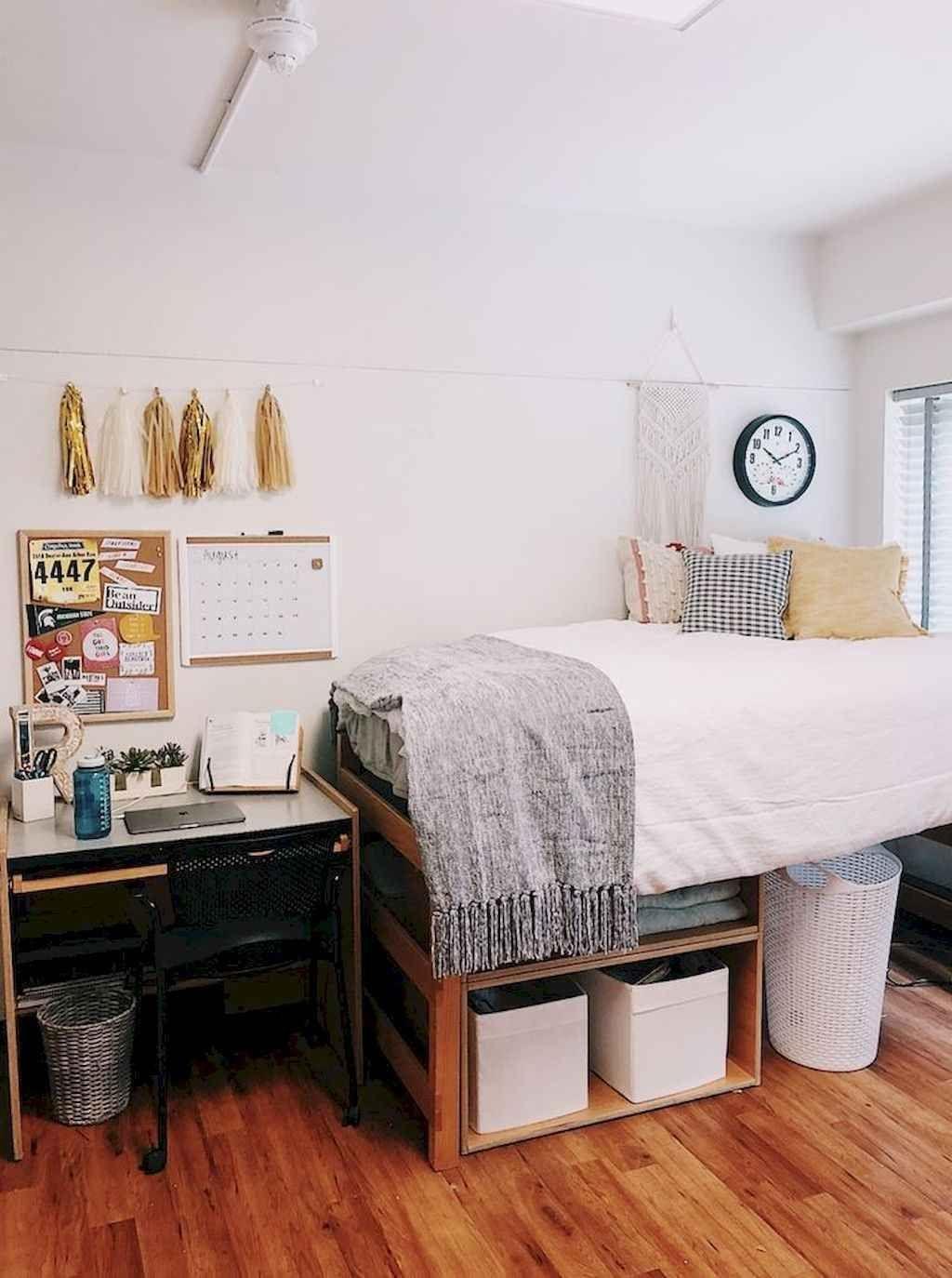 Elegant College Dorm Room Design Ideas That Suitable For You 28
