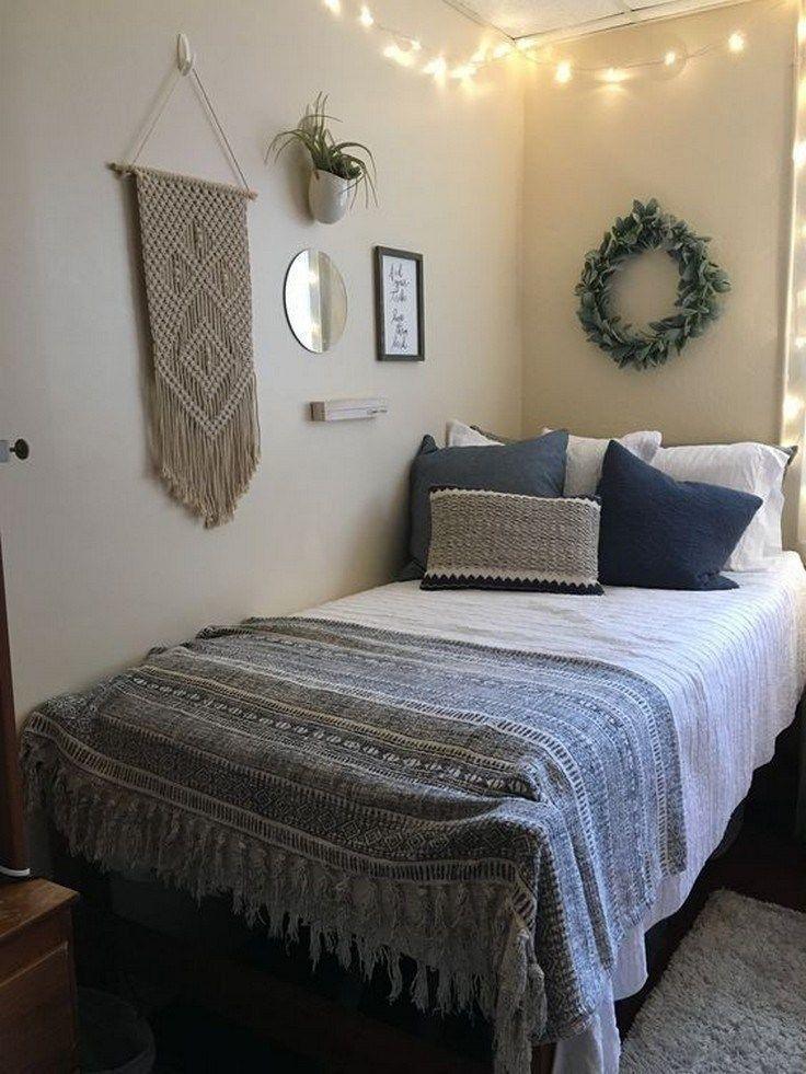 Elegant College Dorm Room Design Ideas That Suitable For You 34