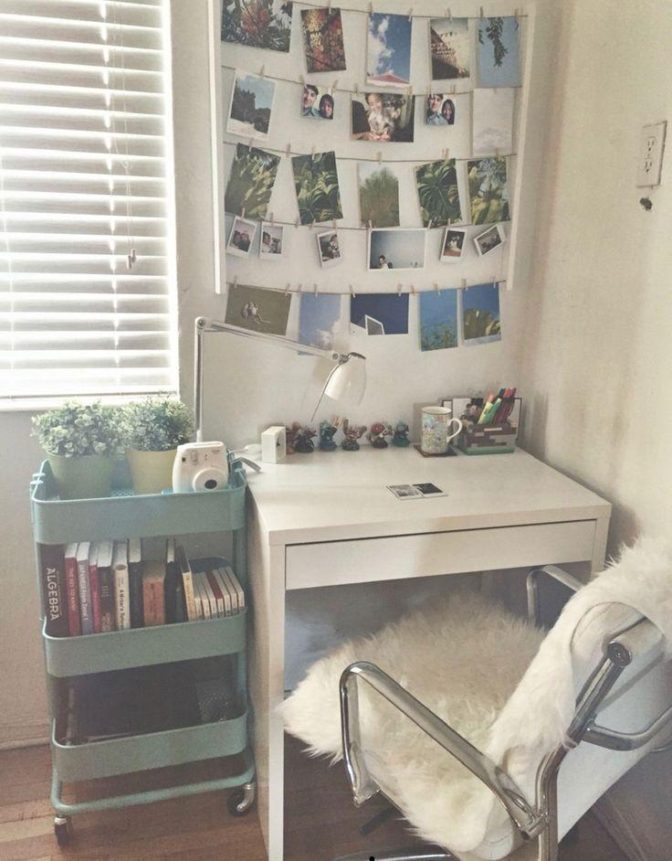 Elegant College Dorm Room Design Ideas That Suitable For You 36