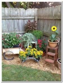 Genius Summer Backyard Landscaping Design Ideas To Inspire Everyone 20