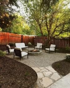 Genius Summer Backyard Landscaping Design Ideas To Inspire Everyone 32