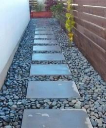 Hottest Diy River Rocks Design Ideas For Summer Garden 32