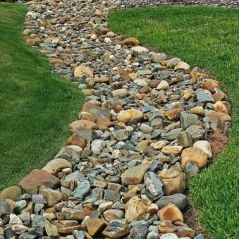 Hottest Diy River Rocks Design Ideas For Summer Garden 48