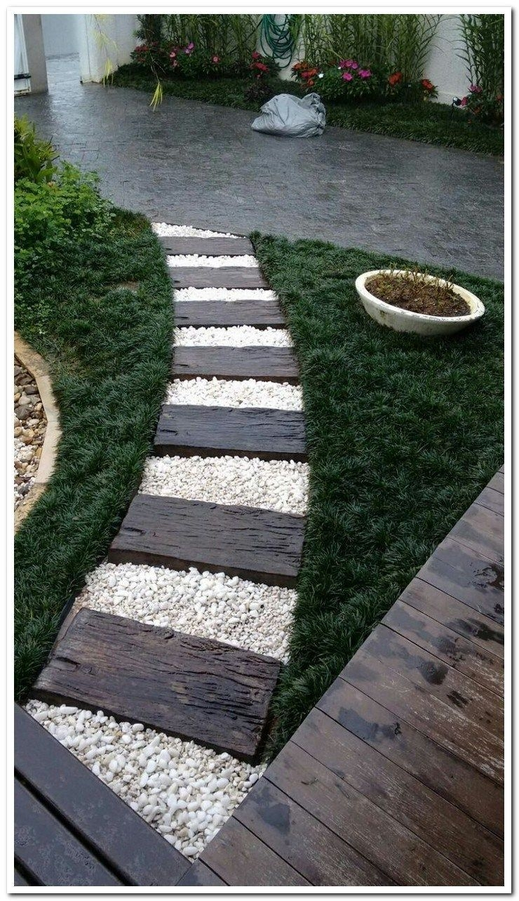 Pretty Lawn Edging Design Ideas For Your Yard To Try 28