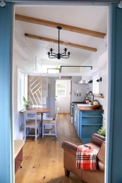 Relaxing Tiny House Makeovers Design Ideas With Farmhouse Style 07