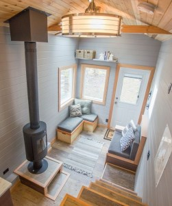 Relaxing Tiny House Makeovers Design Ideas With Farmhouse Style 39