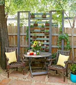 Rustic Small Backyard Design Ideas With Vertical Garden To Try Asap 28