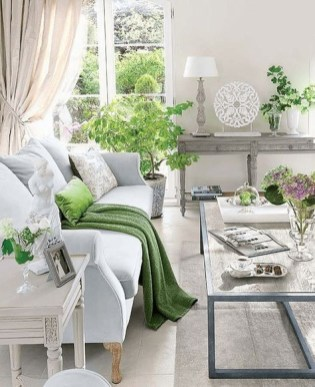 Splendid Living Room Décor Ideas For Spring To Try Soon 06