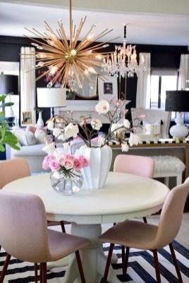 Splendid Living Room Décor Ideas For Spring To Try Soon 15