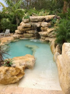 Surprising Tropical Pool Landscaping Design Ideas To Try Soon 04