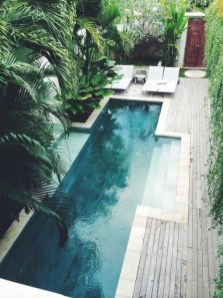 Surprising Tropical Pool Landscaping Design Ideas To Try Soon 11