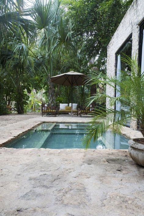 Surprising Tropical Pool Landscaping Design Ideas To Try Soon 15