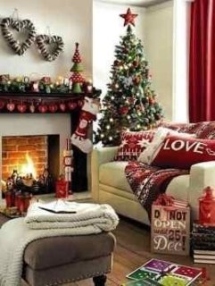 Affordable Colorful Living Christmas Décor Ideas That Suitable For You 19