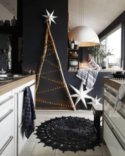 Affordable Colorful Living Christmas Décor Ideas That Suitable For You 30