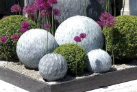 Attractive Garden Art Design Ideas That You Can Create Itself 22