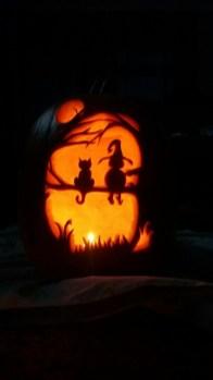 Cozy Pumpkin Carving Design Ideas You Can Do Yourself 01