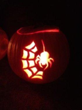 Cozy Pumpkin Carving Design Ideas You Can Do Yourself 09