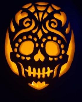 Cozy Pumpkin Carving Design Ideas You Can Do Yourself 15