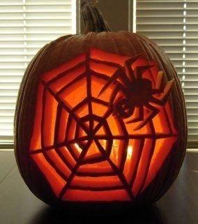 Cozy Pumpkin Carving Design Ideas You Can Do Yourself 33