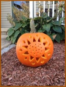 Cozy Pumpkin Carving Design Ideas You Can Do Yourself 40