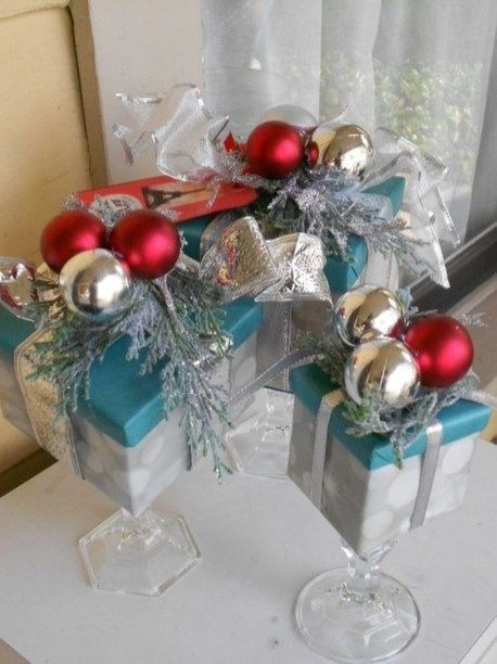 Creative Christmas Centerpieces Ideas That You Must See 23