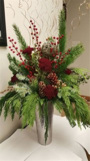 Creative Christmas Centerpieces Ideas That You Must See 29