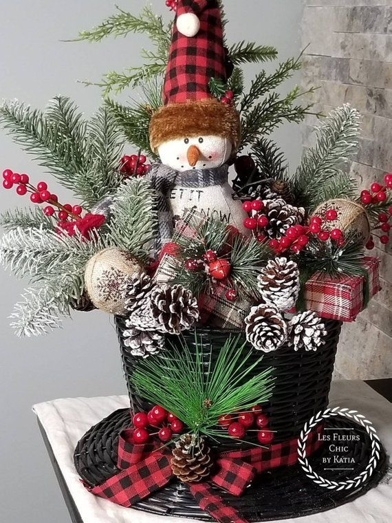Creative Christmas Centerpieces Ideas That You Must See 49