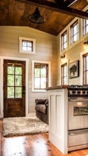 Cute Tiny House Design Ideas On Wheels That You Must Have Now 20