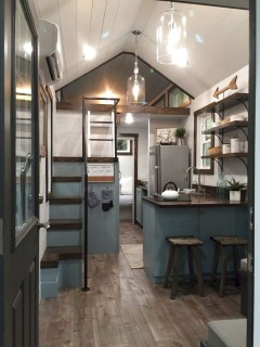 Cute Tiny House Design Ideas On Wheels That You Must Have Now 39
