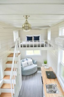 Cute Tiny House Design Ideas On Wheels That You Must Have Now 49