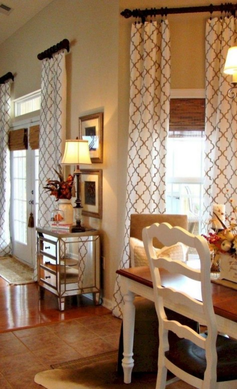 Favorite Living Room Curtain Design Ideas To Enhance Your Living Room 38