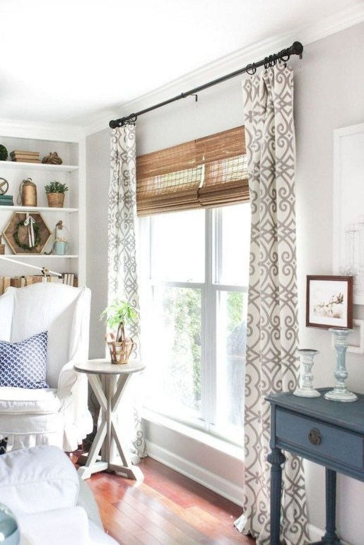Favorite Living Room Curtain Design Ideas To Enhance Your Living Room 40