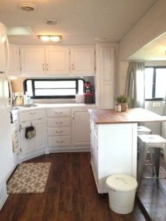 Incredible Rv Motorhome Interior Design Ideas For Summer Holiday 24