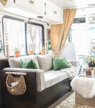 Incredible Rv Motorhome Interior Design Ideas For Summer Holiday 25