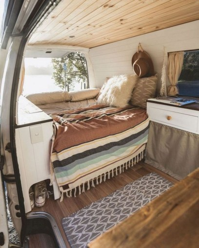 Incredible Rv Motorhome Interior Design Ideas For Summer Holiday 39