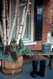 Popular Winter Patio Decorating Ideas To Try Asap 13