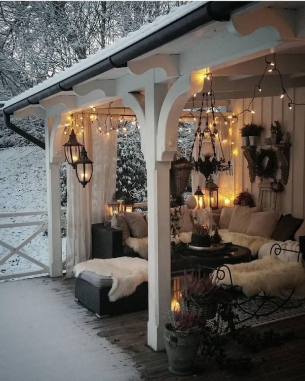 Popular Winter Patio Decorating Ideas To Try Asap 39