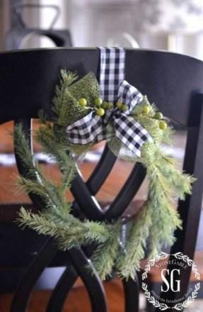 Wonderful Black Christmas Decorations Ideas That Amaze You 36